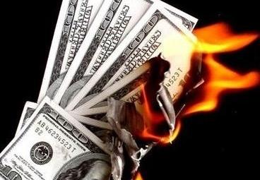 Come ci fregano tutti i soldi